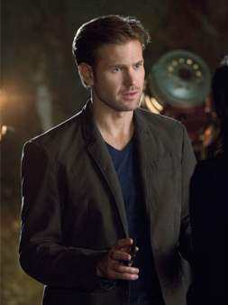 Matt Davis as Jeff Sefton on CULT