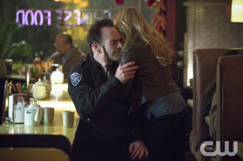 "Arrow -- ""Heir to the Demon"" -- Image AR213a_0032b -- Pictured (L-R): Paul Blackthorne as Quentin Lance and Caity Lotz as Sara Lance -- Photo: Cate Cameron/The CW -- © 2014 The CW Network, LLC. All Rights Reserved"