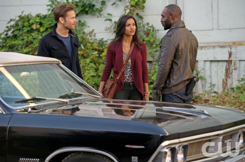 "CULT -- �Get With The Program� -- Image 104b_0459 â�"" Pictured (L-R): Matt Davis as Jeff, Jessica Lucas as Skye and  Adrian Holmes as Terrence   Photo: Diya Pera/The CW   ©2012 The CW Network. All Rights Reserved"
