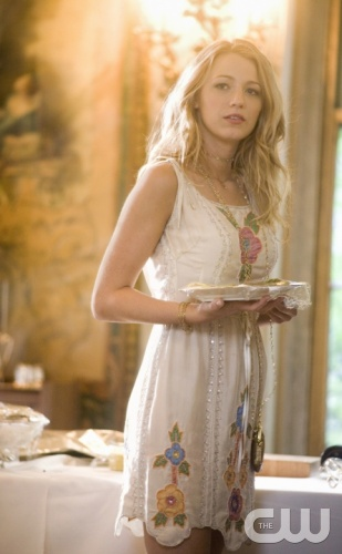 """The Wild Brunch""--  Blake Lively stars as Serena in GOSSIP GIRL on THE CW,  Photo Credit: The CW / KC Bailey© 2007 THE CW NETWORK, LLC. ALL RIGHTS RESERVED."