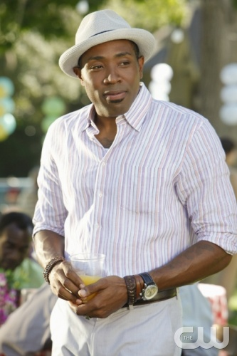"""Faith & Infidelity""-- Pictured Cress Williams as Lavon Hayes  in HART OF DIXIE on THE CW. Photo Credit: Greg Gayne/The CW©2011 The CW Network, LLC. All Rights Reserved"