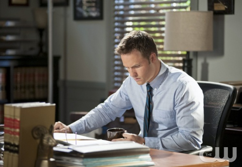 "Hart of Dixie -- ""Sparks Fly"" -- Pictured: Scott Porter as George -- Image Number: HA209a_0347b.jpg -- Photo: Eddy Chen/The CW -- © 2012 The CW Network, LLC. All rights reserved."