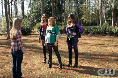 """Holding out for a Hero"" -   Pictured (L-R): Katie Garfield as Teen Girl, Shantel VanSanten as Quinn, Bethany Joy Galeotti as Haley James Scott, Sophia Bush as Brooke in ONE TREE HILL on The CW. Photo: Fred Norris/The CW ©2011 The CW Network, LLC. All Rights Reserved."