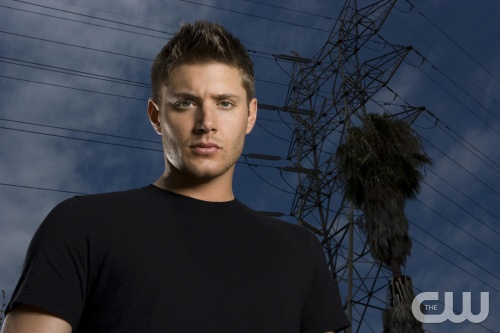 SUPERNATURAL  JENSEN ACKLES as Dean Winchester  Image: SN2-1707r  Photo Credit: MICHAEL MULLER / CW  &copy;2006 THE CW NETWORK, LLC. ALL RIGHTS RESERVED.