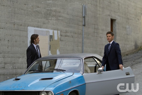 &quot;The Mentalist&quot; - (L-R): Jared Padalecki as Sam Winchester and Jensen Ackles as Dean Winchester in SUPERNATURAL on The CW.  Photo: Michael Courtney/The CW &copy;2011 The CW Network, LLC. All Rights Reserved.