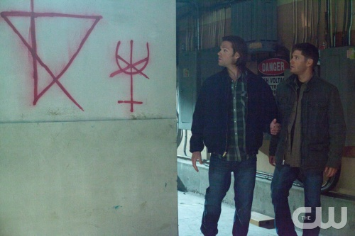 Supernatural -- &quot;Torn and Frayed&quot; -- Image SN810a_0004 -- Pictured (L-R): Jared Padalecki as Sam and Jensen Ackles as Dean -- Credit: Liane Hentscher/The CW --  &copy; 2013 The CW Network. All Rights Reserved