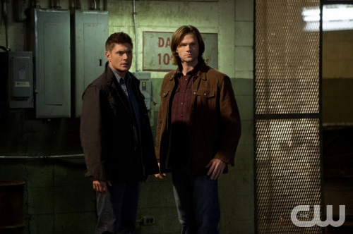 Supernatural -- &quot;Remember The Titans&quot; -- Image SN816a_0024 -- Pictured (L-R): Jensen Ackles as Dean and Jared Padalecki as Sam -- Credit: Cate Cameron/The CW --  &copy; 2013 The CW Network. All Rights Reserved
