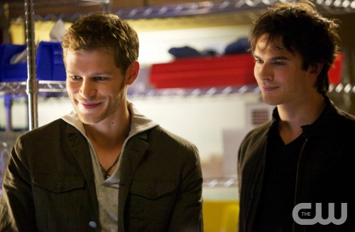 "THE VAMPIRE DIARIES--""The Rager""--Image: TVD403A_0154b--Pictured (L-R): Joseph Morgan as Klaus and Ian Somerhalder as Damon--Photo: Annette Brown/ The CW--©2012 The CW Network. All Rights Reserved."