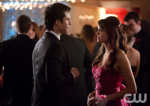 "The Vampire Diaries -- ""Pictures of You"" -- Pictured (L-R):  Ian Somerhalder as Damon and Nina Dobrev as Elena -- Image Number: VD419b_0014.jpg Photo: Annette Brown/The CW -- © 2013 The CW Network, LLC. All rights reserved."